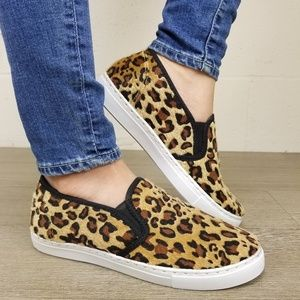Shoes - Slip On Leopard Print Furry Sneakers -L